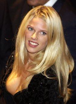 Anja juliette laval superheisse star revue pornofilme 307 - 3 2
